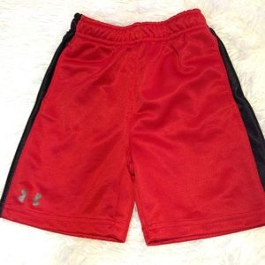 Boy's size 18 months UNDER ARMOUR athletic shorts